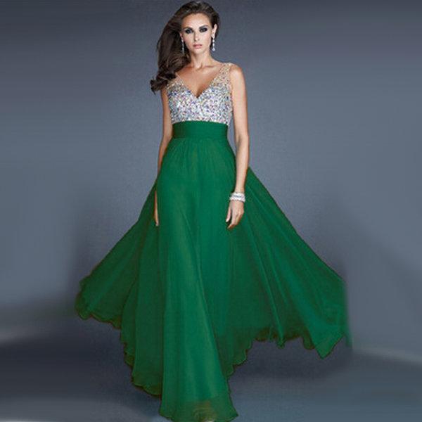 Зеленое вечернее платье с верхом расшитым стразами для подружки невесты