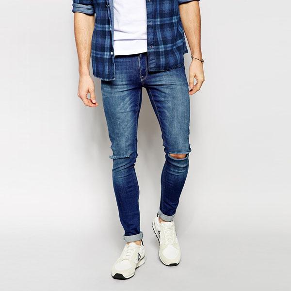 Экстремальные супероблегающие джинсы коленки с разрывами