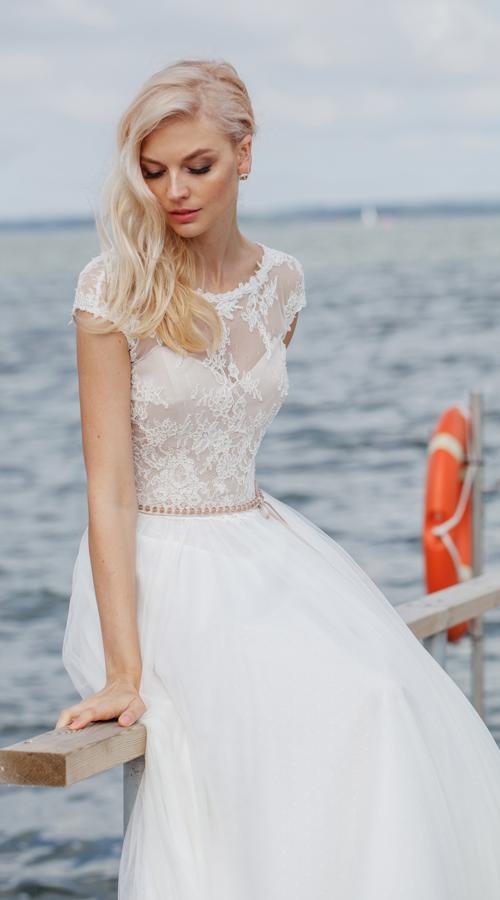Короткий рукав платья