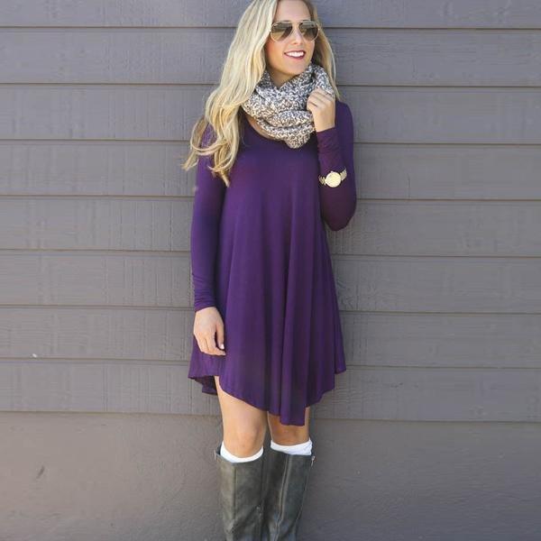 Красивое фиолетовое платье-свитер просторное