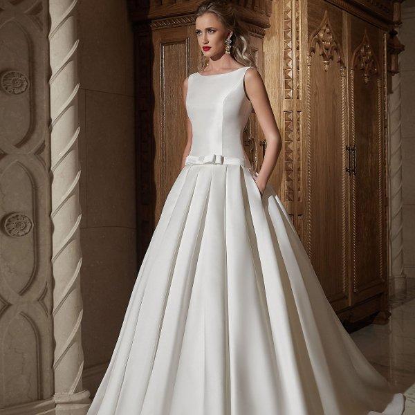 Красивый свадебный наряд