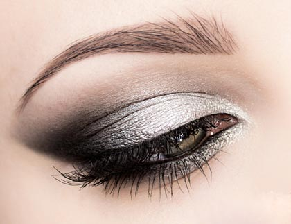 Металлические макияж глаз