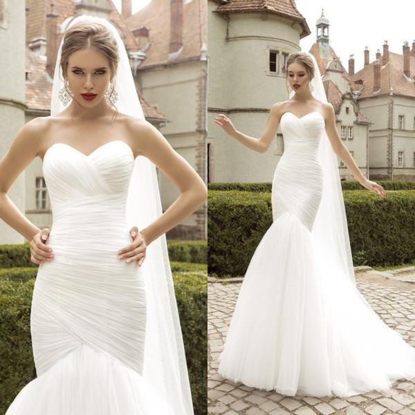 Модель этого платья подходит высоким стройным девушкам