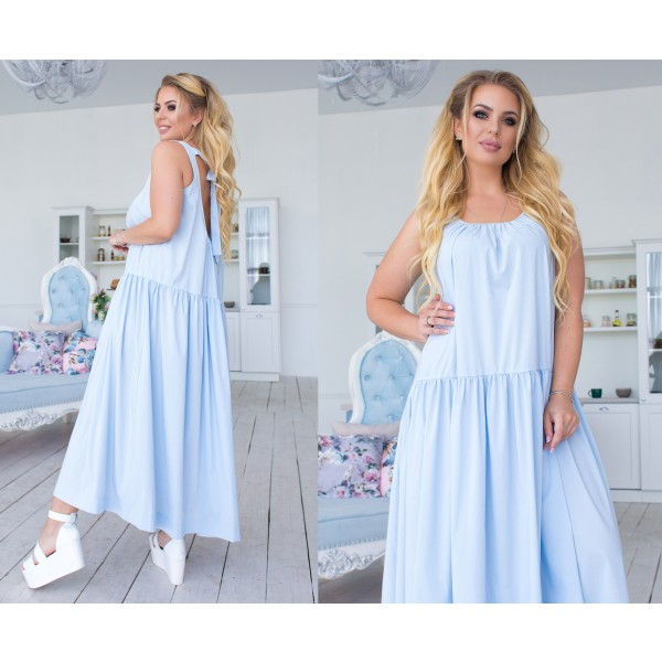 Небесный цвет платья