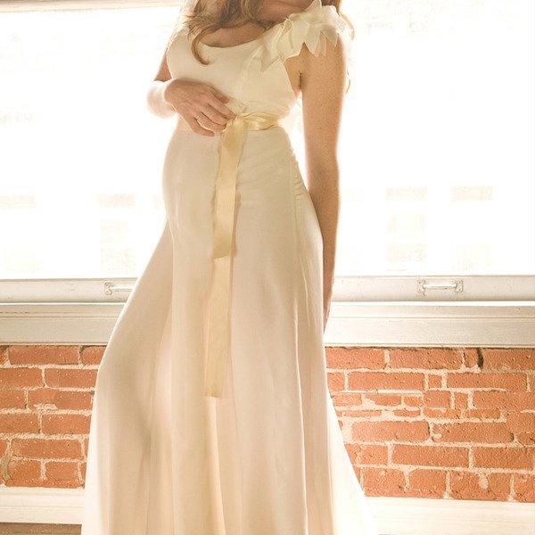 Нежный оттенок платья