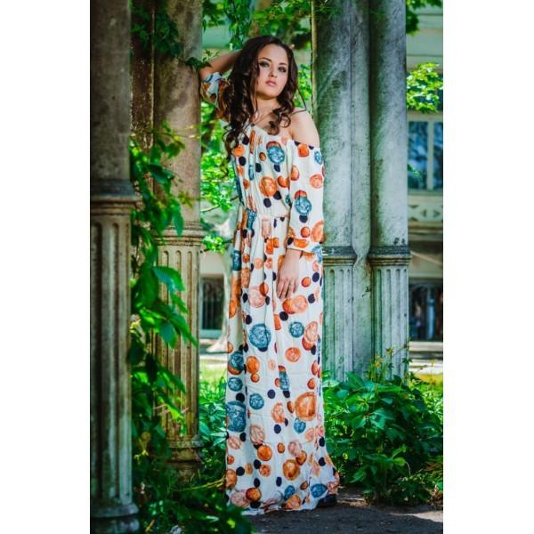Открытые плечи летнего платья