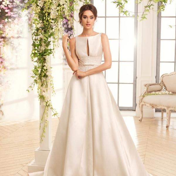 Оттенки свадебных платьев из атласа