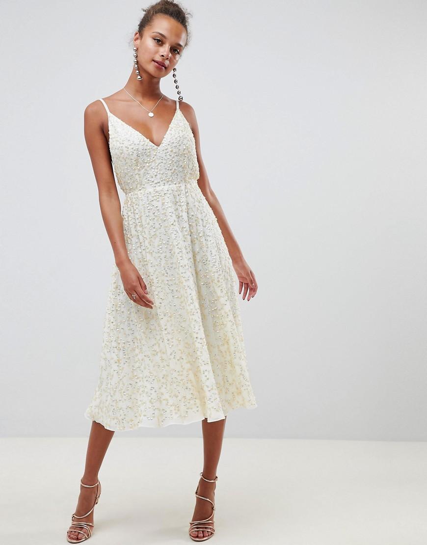 Платье миди с пышной юбкой и отделкой пайетками