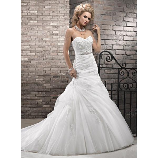 Платье невесты белого цвета