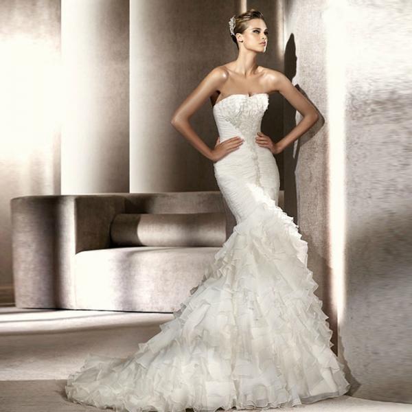 Привлекательная невеста