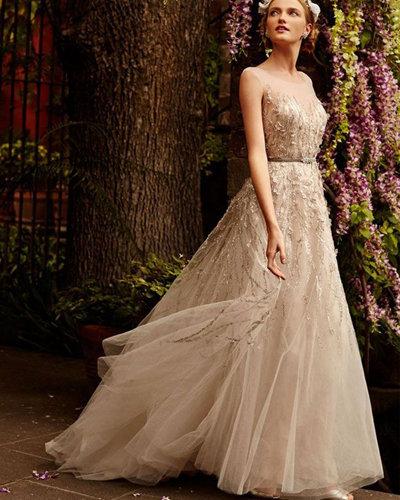 Скромное красивое платье невесты