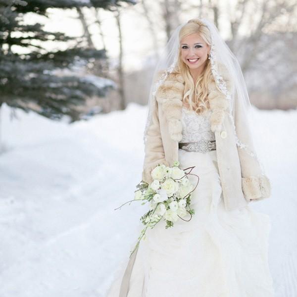 Свадебное платье зимнее