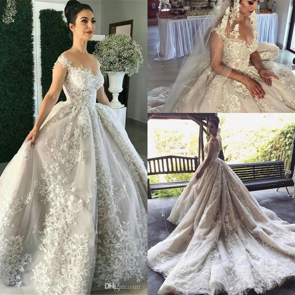 Свадебные платья из шифона и атласного переплетения