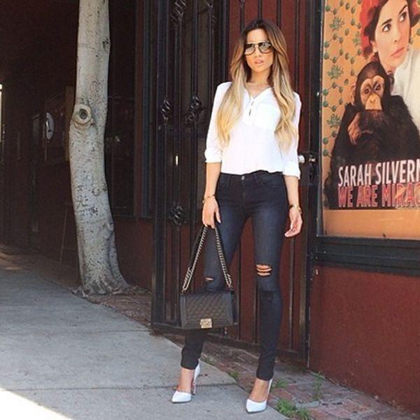 В этих джинсах очень гармонично сочетается темно-серые потертости с черным цветом