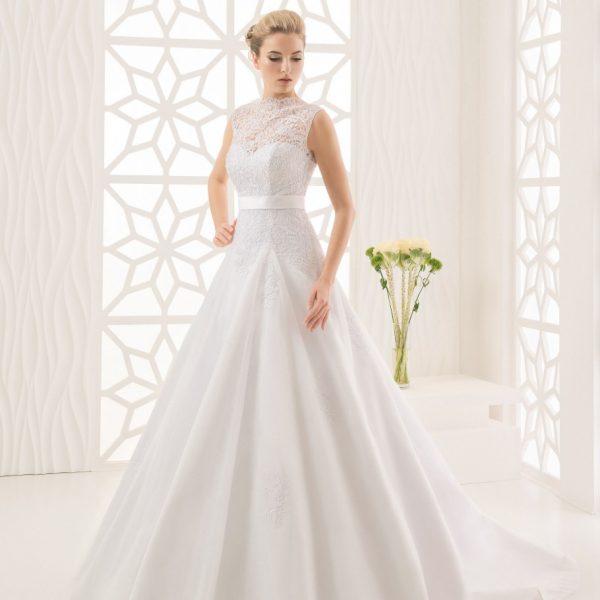 Вариант красивого свадебного платья