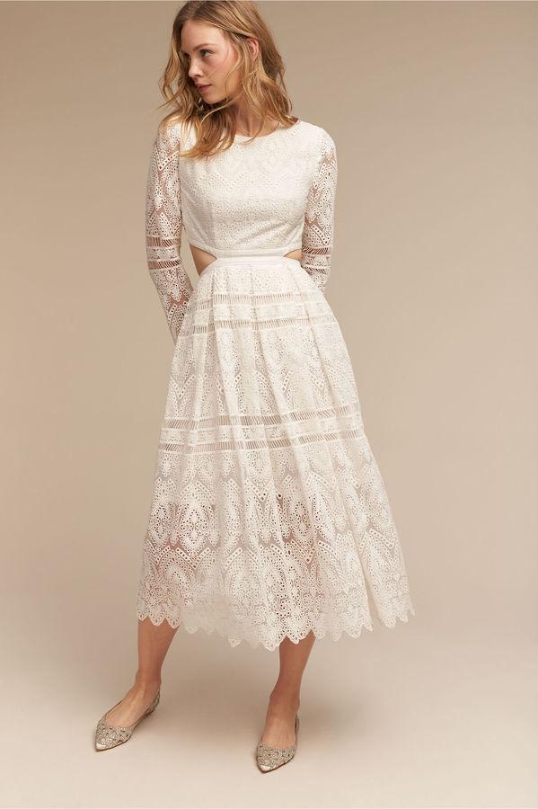 Женское белое кружевное платье-миди