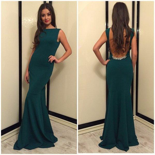 Зеленое жаккардовое платье