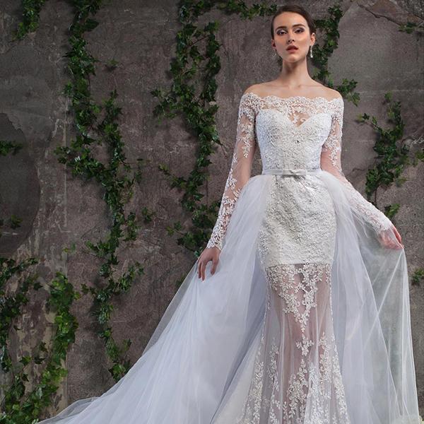 Легкое платье с рукавами