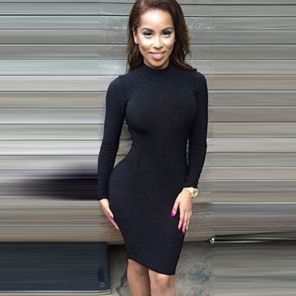Платье-водолазка черного цвета