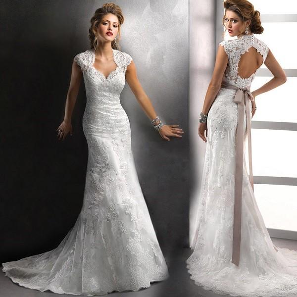 Свадебное платье - рыбка с бантом