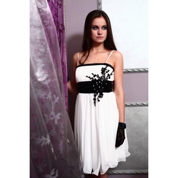 Короткое черно-белое платье для свадьбы с перчатками