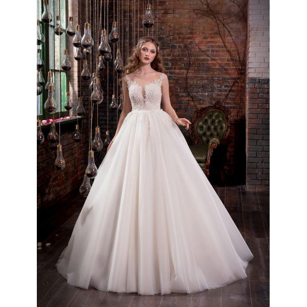 Красивое платье для свадьбы с пышной юбкой