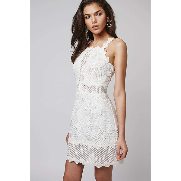 Мини-платье с необычным дизайном