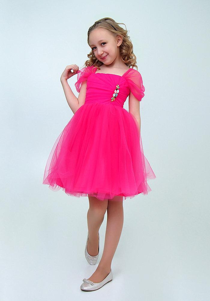 платье малинового цвета для девочки