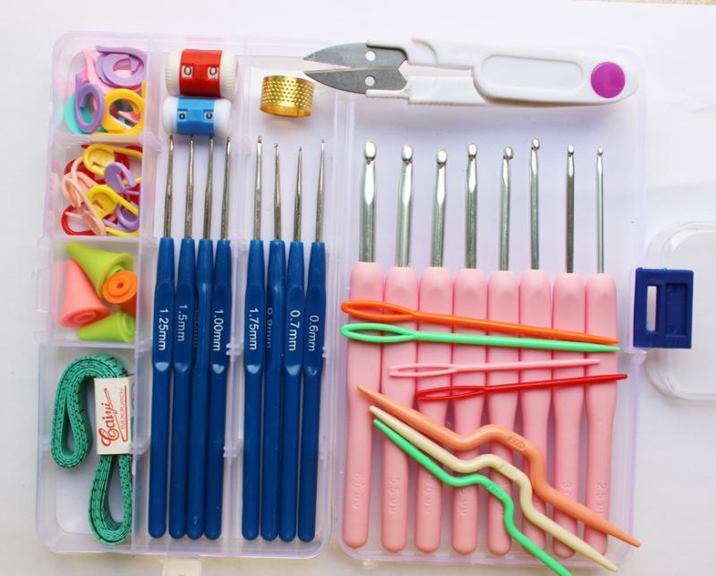 Вязаные детские комбинезоны спицами со схемами
